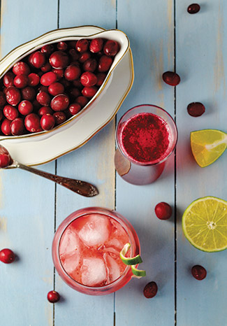 Winter-Cocktails-cranberry